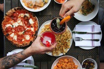 LOLA'S CAFÉ & LOLITA'S PIZZA